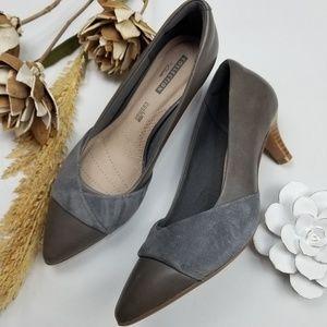 💝 Clarks- Soft gray Kitten Business Heels 7m
